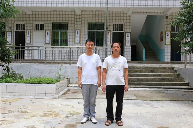 刘作鑫(左)和杨小王老师.jpg