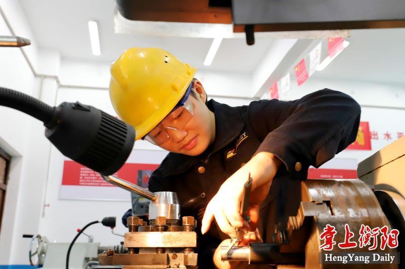 第46届世界技能大赛4个项目湖南省选拔赛鸣锣开赛